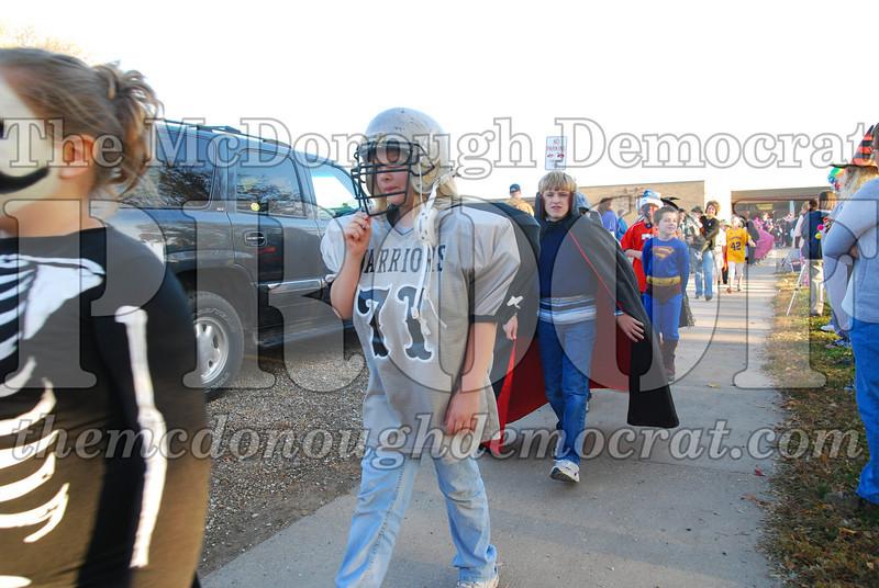 BPC Elem Halloween Parade 10-31-08 012