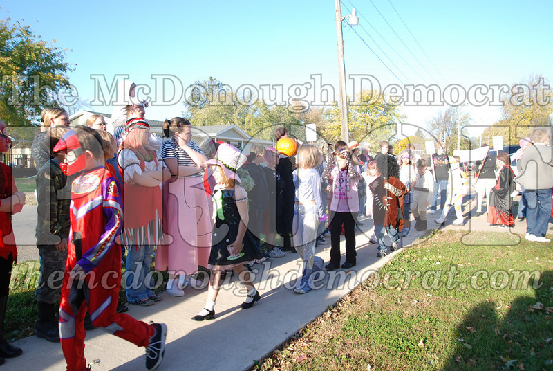 BPC Elem Halloween Parade 10-31-08 033