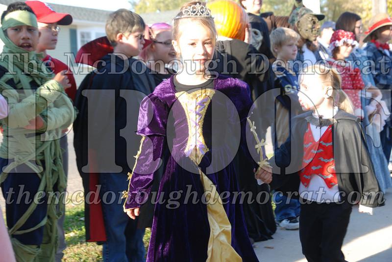BPC Elem Halloween Parade 10-31-08 050