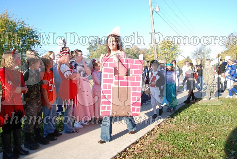 BPC Elem Halloween Parade 10-31-08 045