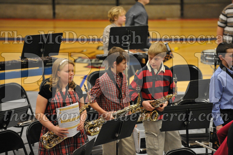 JH 6th gr Band Winter Concert 12-13-09 038