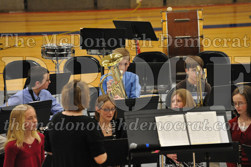 JH 6th gr Band Winter Concert 12-13-09 024
