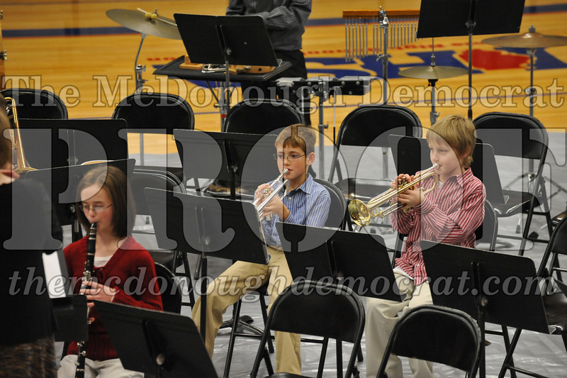 JH 6th gr Band Winter Concert 12-13-09 019