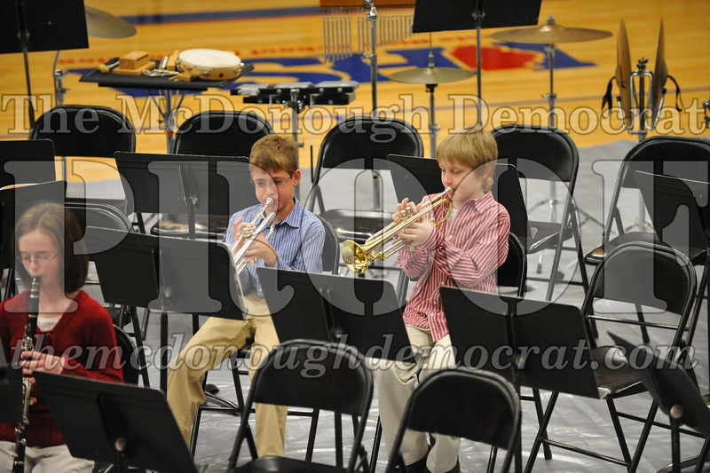JH 6th gr Band Winter Concert 12-13-09 037