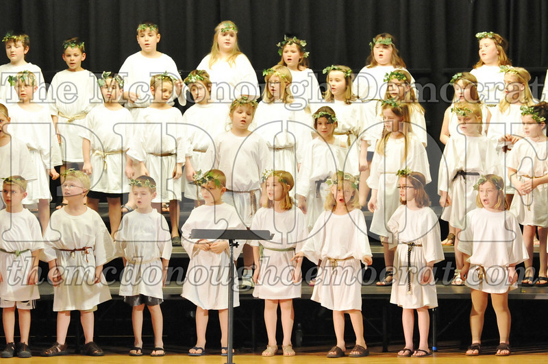 2nd & 3rd gr Chorus Spring Music Program 03-29-11 042