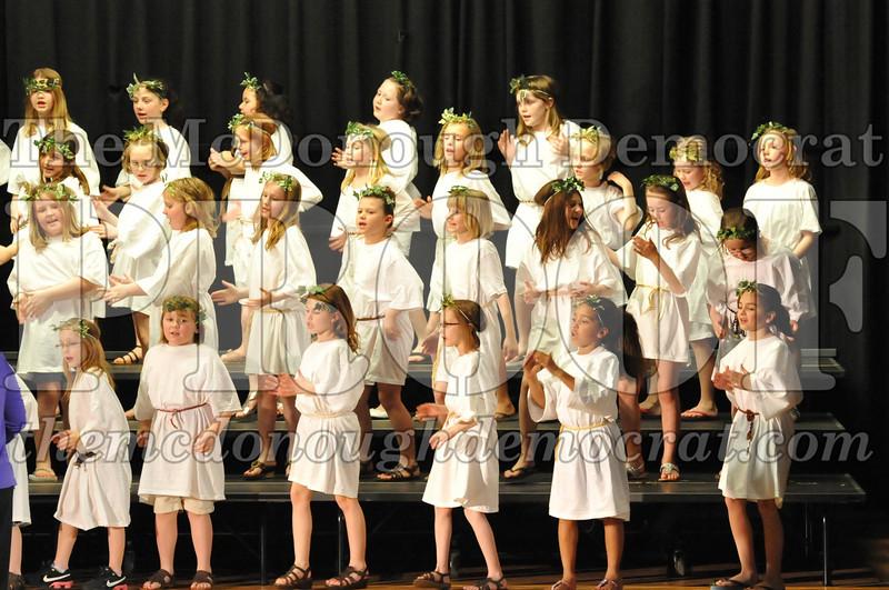 2nd & 3rd gr Chorus Spring Music Program 03-29-11 118