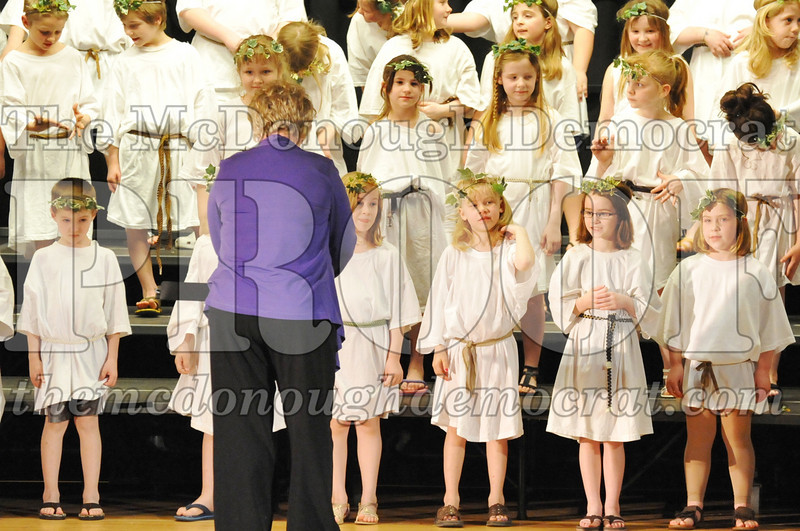 2nd & 3rd gr Chorus Spring Music Program 03-29-11 065