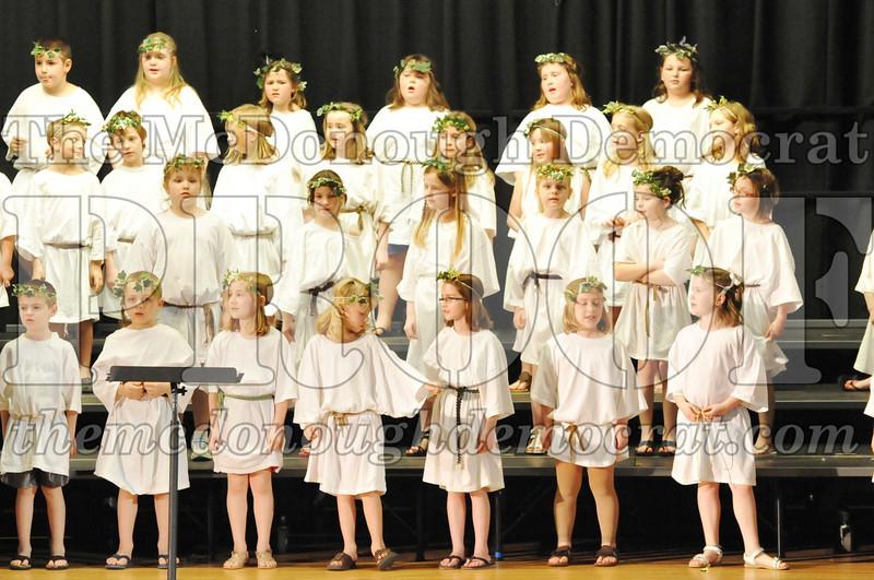 2nd & 3rd gr Chorus Spring Music Program 03-29-11 043
