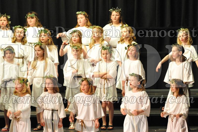 2nd & 3rd gr Chorus Spring Music Program 03-29-11 044
