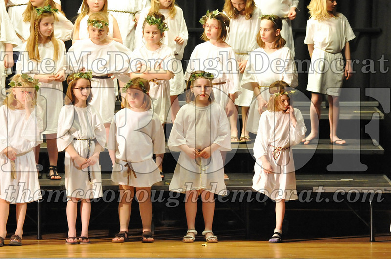 2nd & 3rd gr Chorus Spring Music Program 03-29-11 057