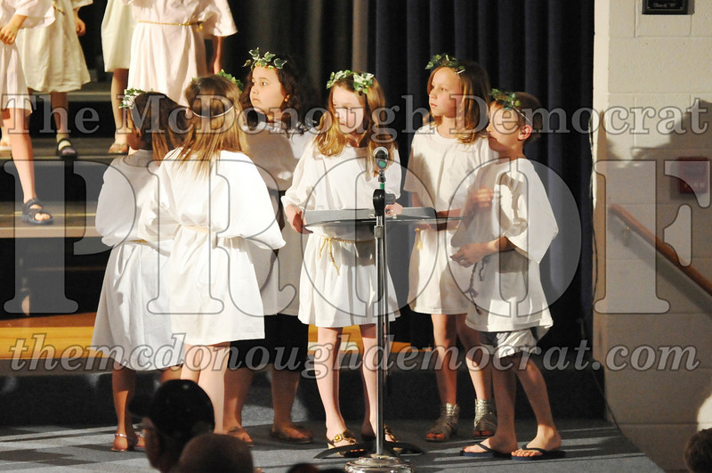 2nd & 3rd gr Chorus Spring Music Program 03-29-11 077