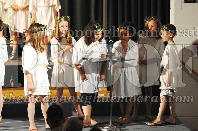 2nd & 3rd gr Chorus Spring Music Program 03-29-11 079