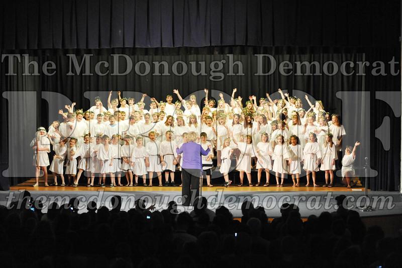 2nd & 3rd gr Chorus Spring Music Program 03-29-11 009