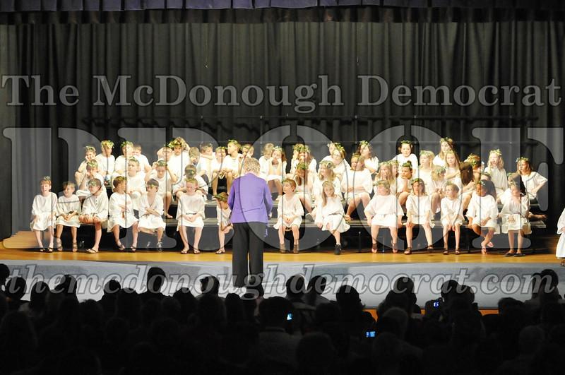 2nd & 3rd gr Chorus Spring Music Program 03-29-11 112