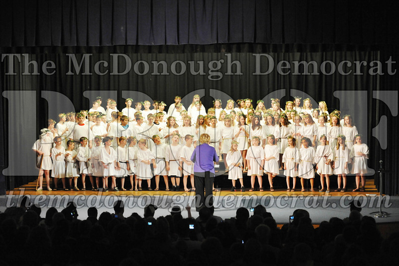 2nd & 3rd gr Chorus Spring Music Program 03-29-11 007