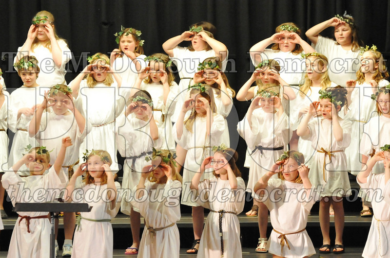 2nd & 3rd gr Chorus Spring Music Program 03-29-11 045