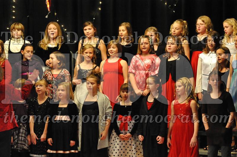 Elem 4th & 5th gr Christmas Choral Concert 12-14-10 066