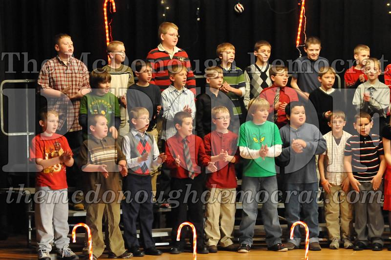 Elem 4th & 5th gr Christmas Choral Concert 12-14-10 047