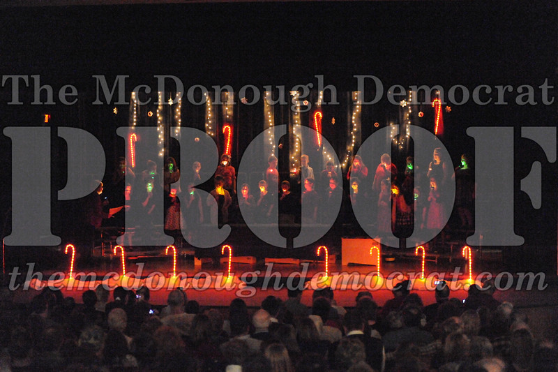 Elem 4th & 5th gr Christmas Choral Concert 12-14-10 012
