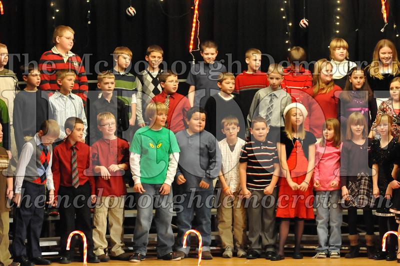 Elem 4th & 5th gr Christmas Choral Concert 12-14-10 046