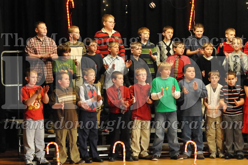 Elem 4th & 5th gr Christmas Choral Concert 12-14-10 048