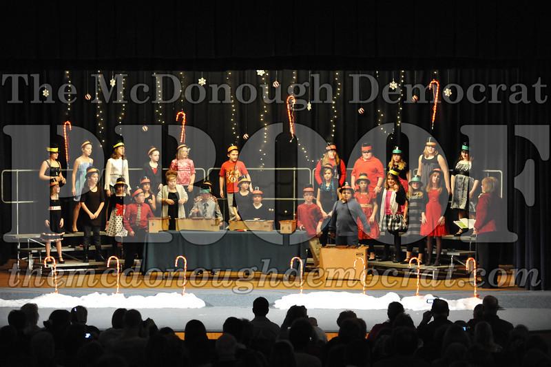 Elem 4th & 5th gr Christmas Choral Concert 12-14-10 015
