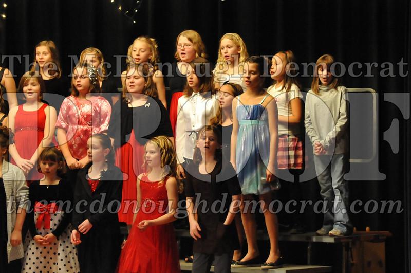Elem 4th & 5th gr Christmas Choral Concert 12-14-10 064