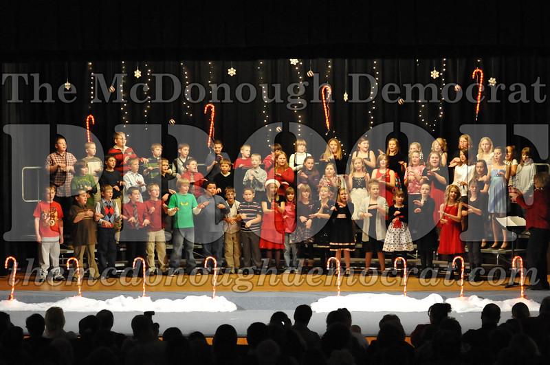Elem 4th & 5th gr Christmas Choral Concert 12-14-10 062