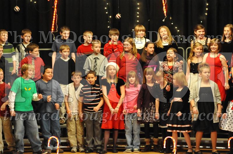 Elem 4th & 5th gr Christmas Choral Concert 12-14-10 045