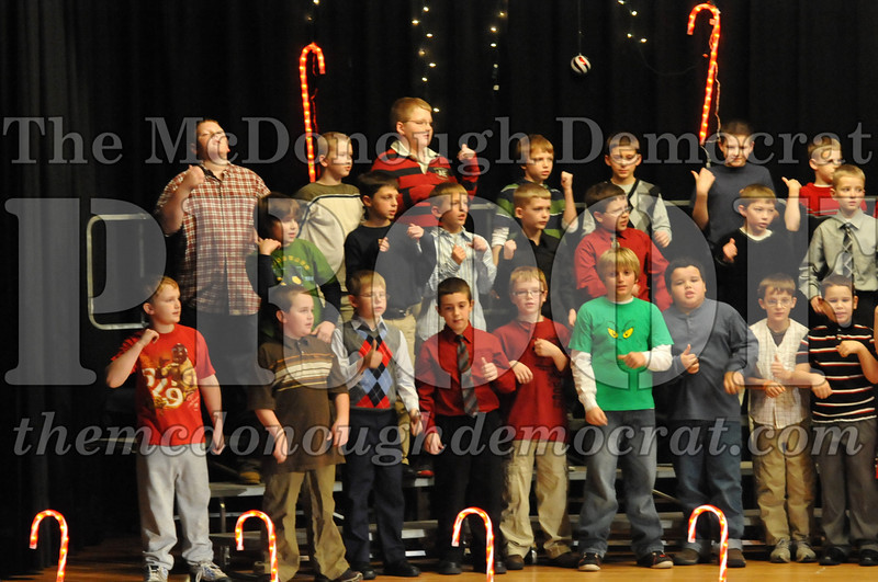 Elem 4th & 5th gr Christmas Choral Concert 12-14-10 057