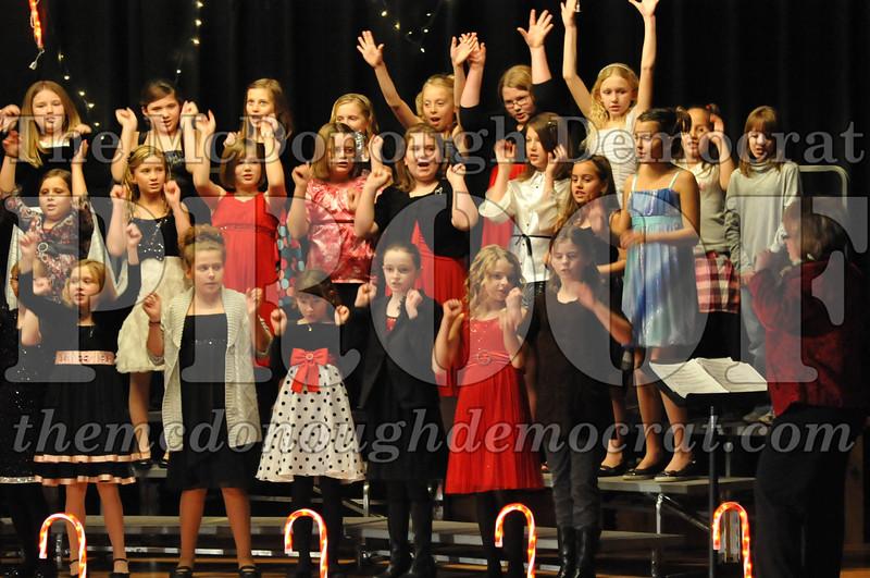 Elem 4th & 5th gr Christmas Choral Concert 12-14-10 059