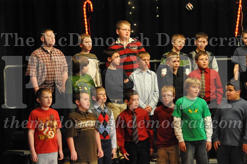 Elem 4th & 5th gr Christmas Choral Concert 12-14-10 071
