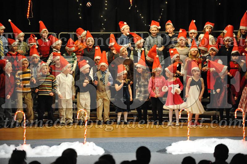 Elem K & 1st gr Christmas Choral Concert 030