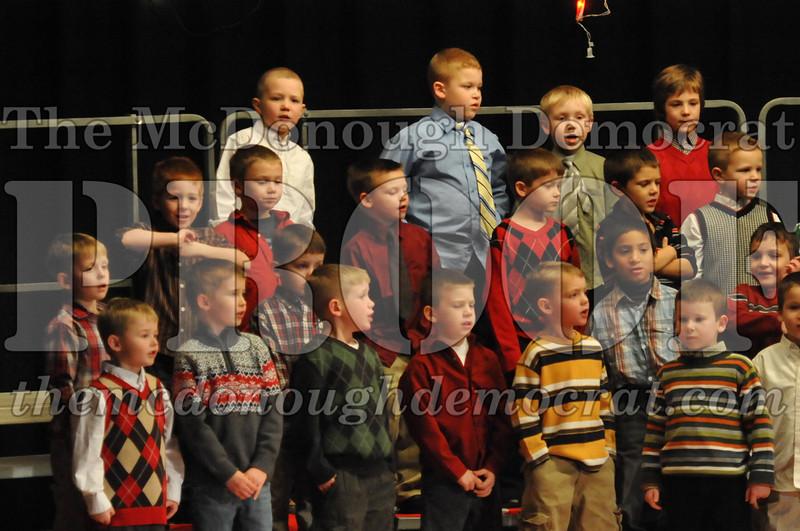 Elem K & 1st gr Christmas Choral Concert 020