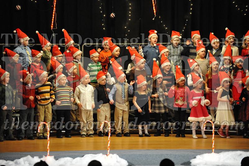 Elem K & 1st gr Christmas Choral Concert 036