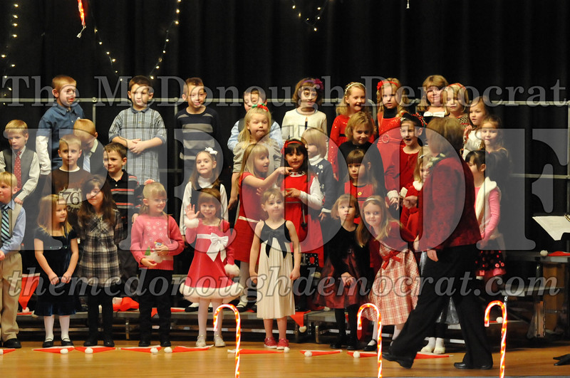 Elem K & 1st gr Christmas Choral Concert 007