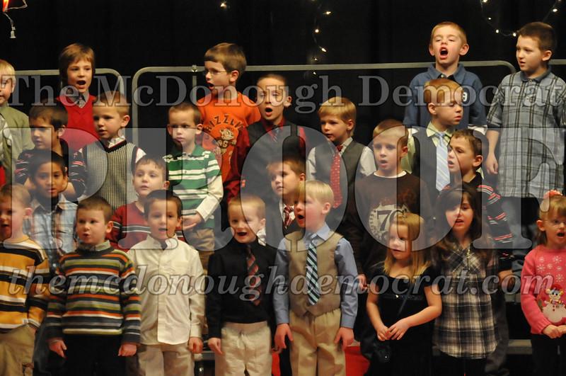Elem K & 1st gr Christmas Choral Concert 019