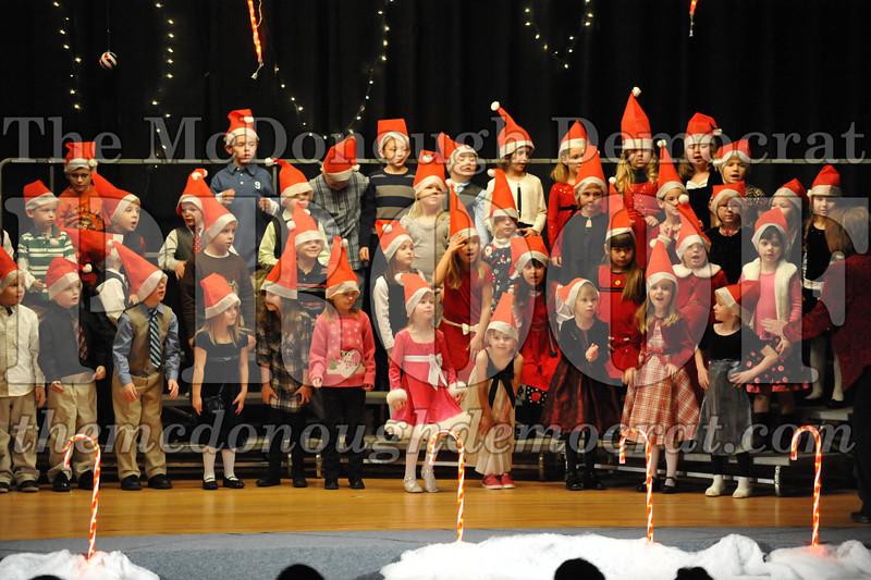 Elem K & 1st gr Christmas Choral Concert 037