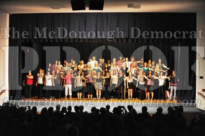 HS Chorus Variety Show 10-13-10 005