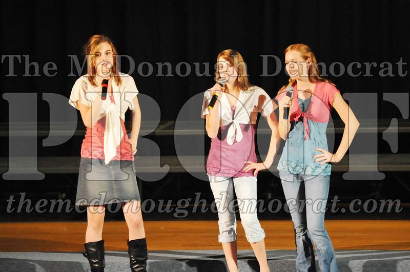 HS Chorus Variety Show 10-13-10 065