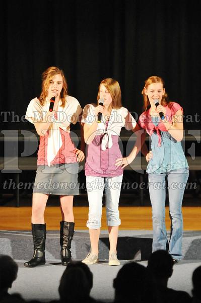 HS Chorus Variety Show 10-13-10 051