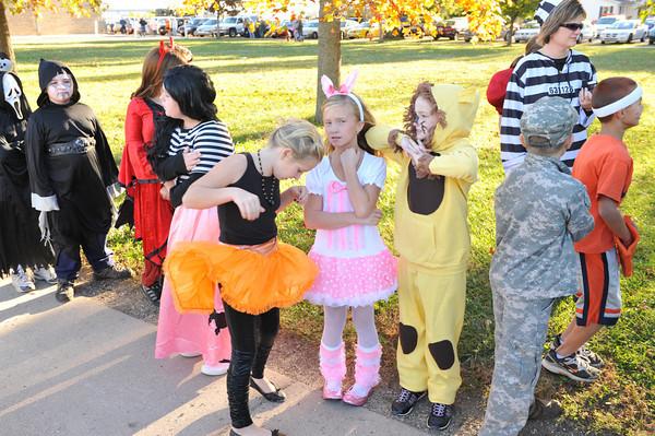 Halloween Parade at BPC Elementary 10-27-10 015