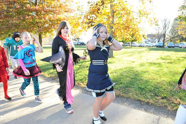 Halloween Parade at BPC Elementary 10-27-10 051