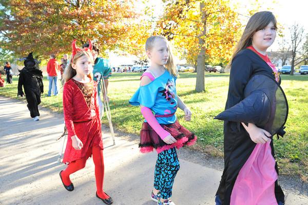 Halloween Parade at BPC Elementary 10-27-10 053