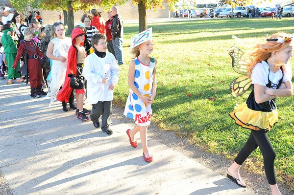Halloween Parade at BPC Elementary 10-27-10 022