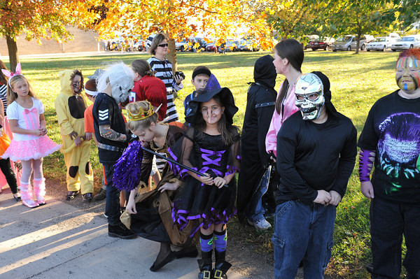 Halloween Parade at BPC Elementary 10-27-10 006