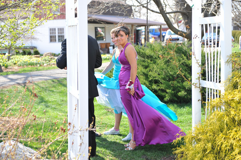 Prom Pics Before Promenade 04-09-10 076