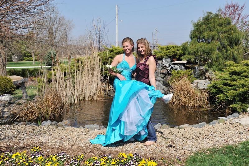 Prom Pics Before Promenade 04-09-10 019