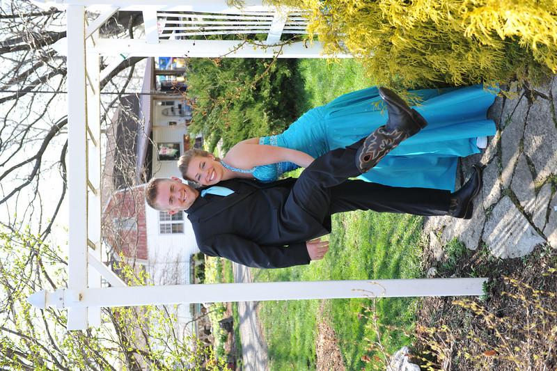 Prom Pics Before Promenade 04-09-10 073