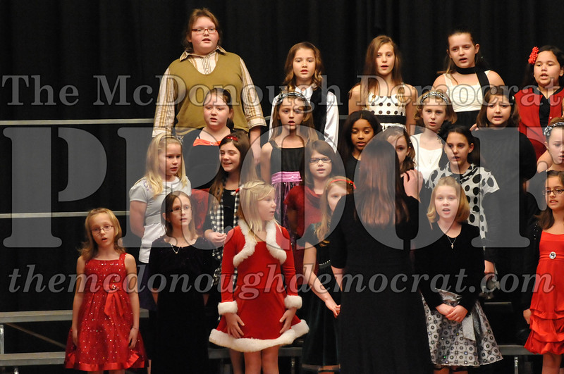 Elem 4-5th gr Christmas Choral Program 12-13-11 010